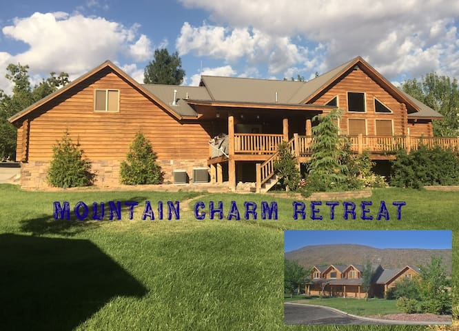 Luxury Log Home Retreat near Zion National Park - Toquerville - Cabin