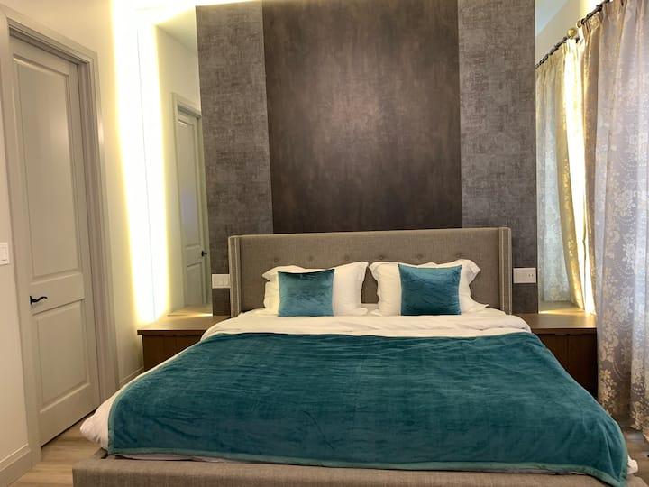 Cozy, Separate entrance Room2 & Private Bathroom
