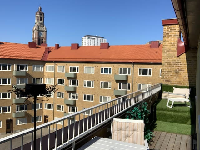 Private apartment with balcony in central Malmö