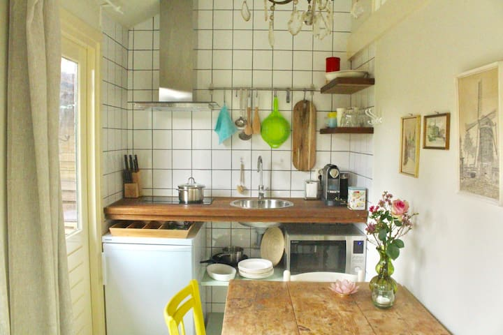 Tiptop tuinhuis / Cosy garden cottage - Kortenhoef - Apartment