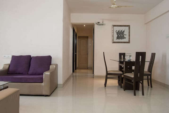2bhk Fully Furnished with Breakfast - Bandra East - Mumbai - Appartement