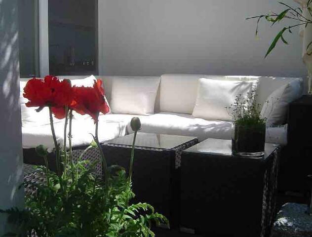 Designer Penthouse Zentrum Terrasse für 6 Personen