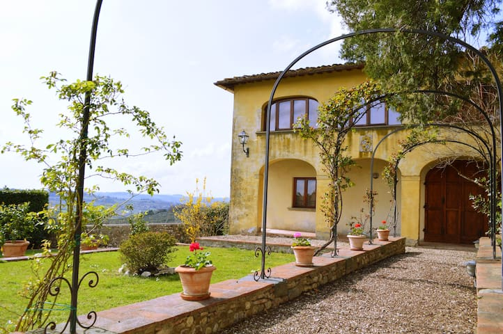 Private House in Chianti with pool - San Casciano in Val di Pesa - House