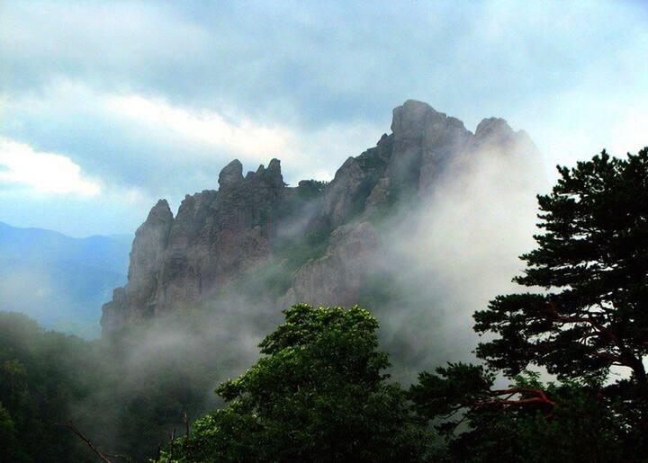 Гора Индюк с юга