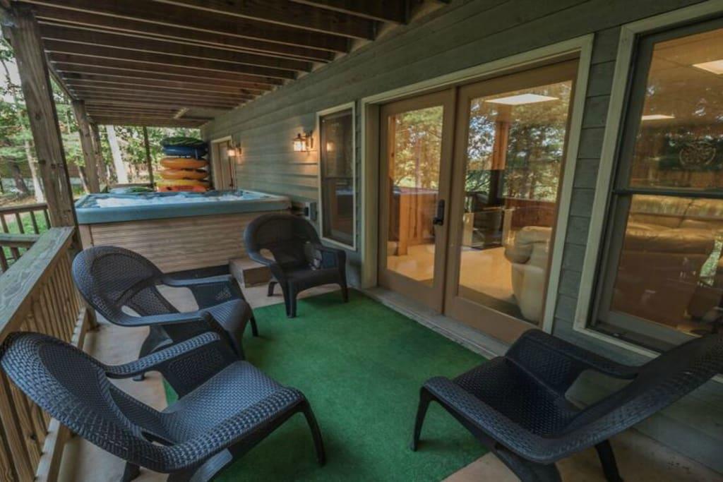 Lower level porch area
