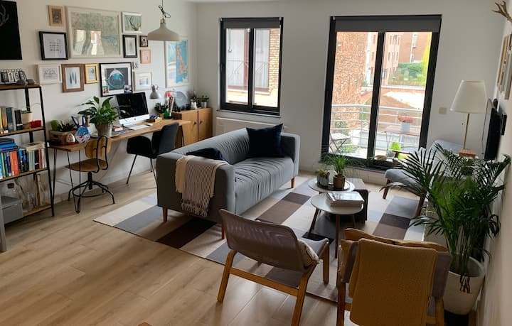 Lovely modern apartment in a new building