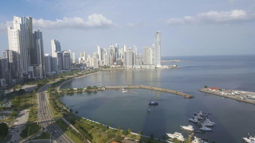 Penthouse in front of the sea. Best neighborhood! - Panamá - Appartement