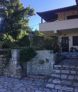 Cozy Villa in the mount Taygetos - Neochori