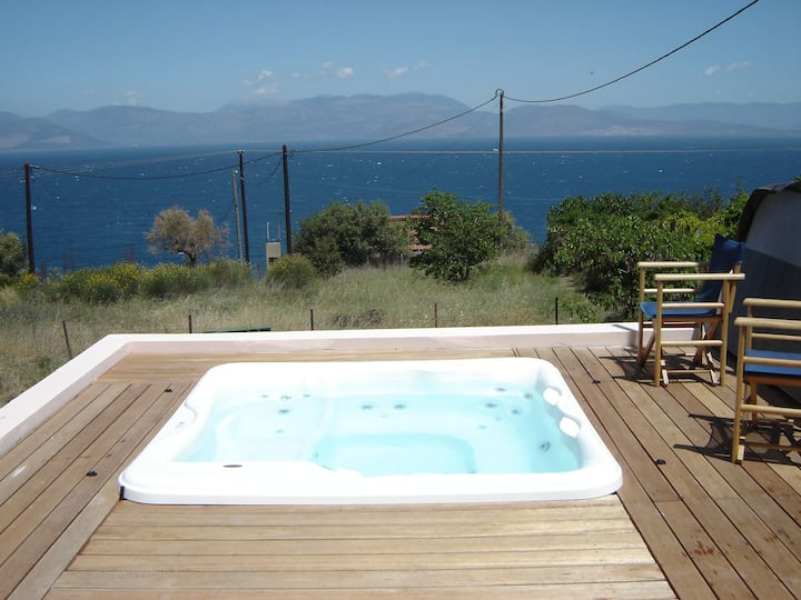 private villa, sea view, out door privat Jucuzzi
