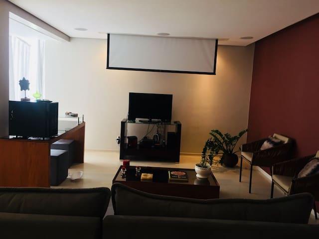 Apartamento Sion (Zona Sul)