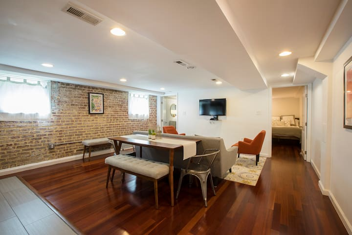 Chic and Modern 2 Bedroom