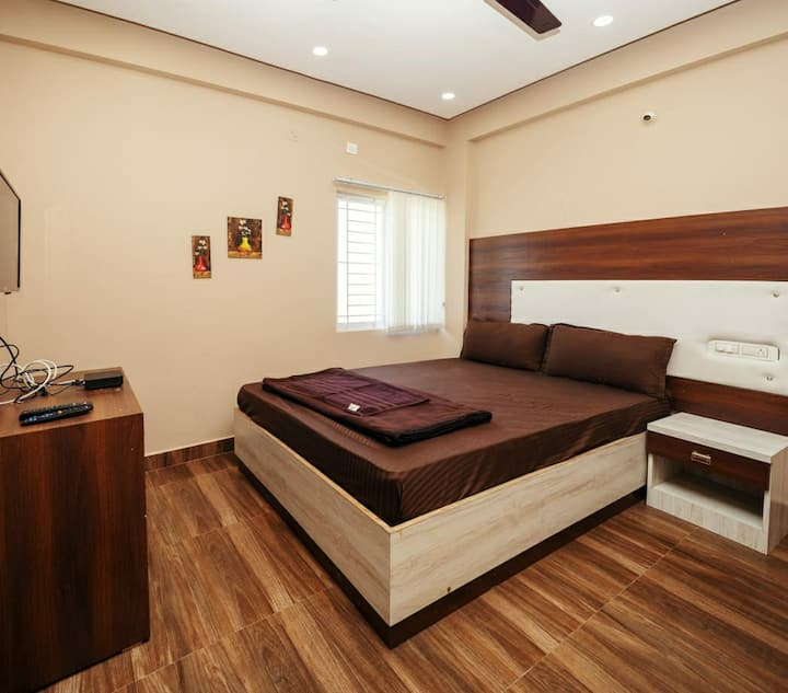 Long Stay | WiFi | Homely Food | Luxury Facilities