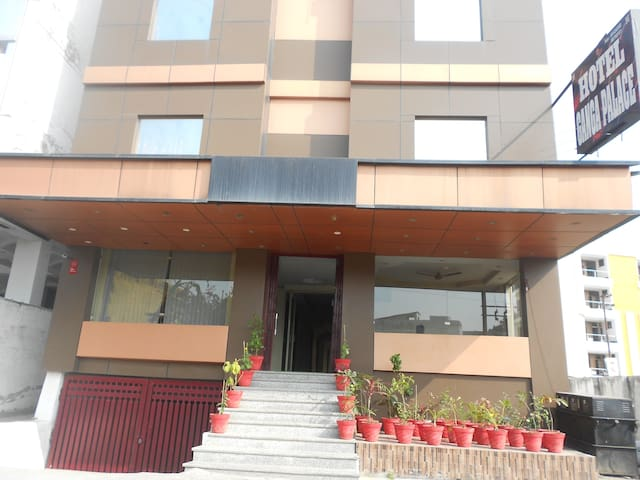 GANGA PALACE - Haridwar - Bed & Breakfast
