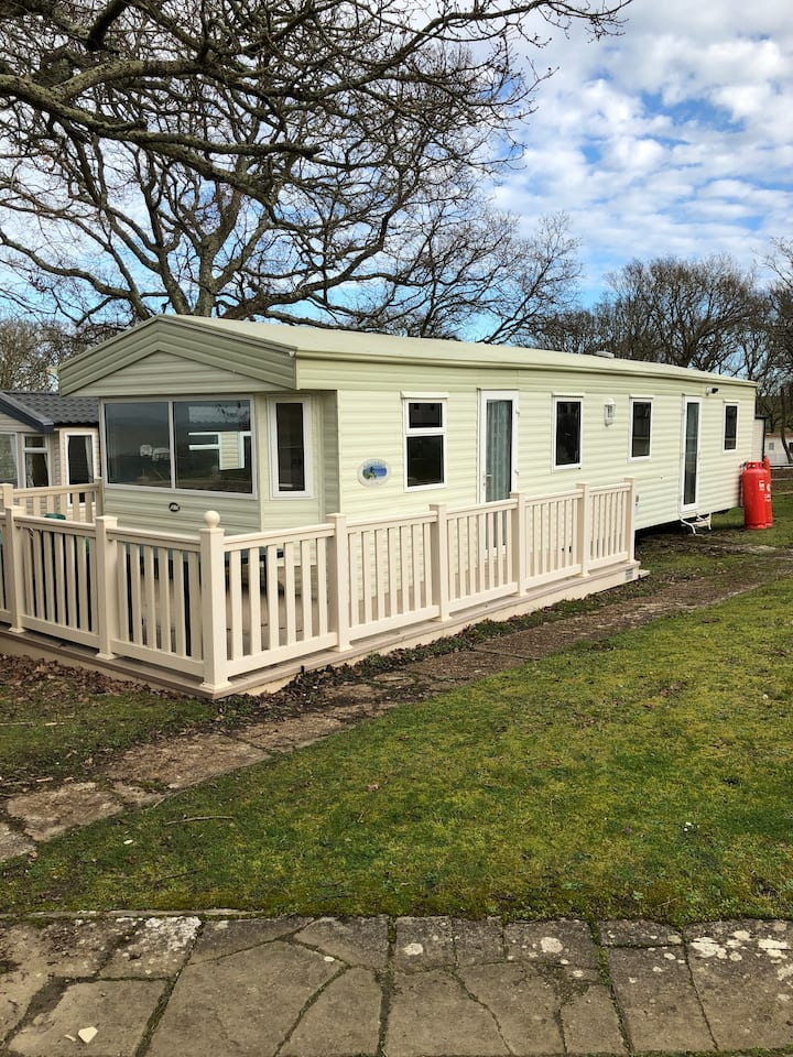 3 Bed Static Caravan, Thorness Bay,  Isle of Wight