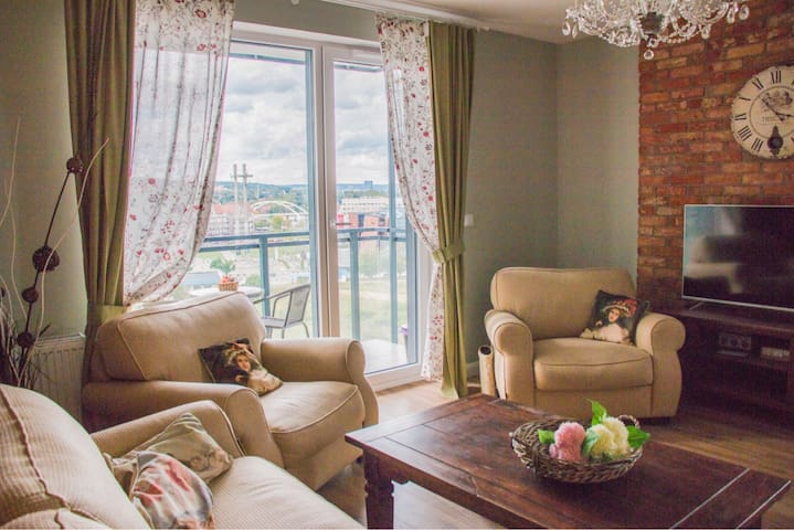 Charming and bright apartment - OldTown
