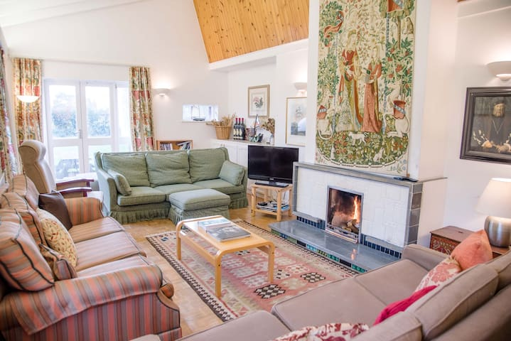 The Shealing, a spacious family holiday home