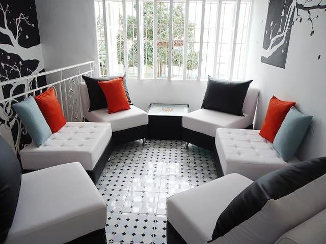 Privacidad y Confort:¨Apartamento Gina y Francis¨ - Holguín - Apartamento
