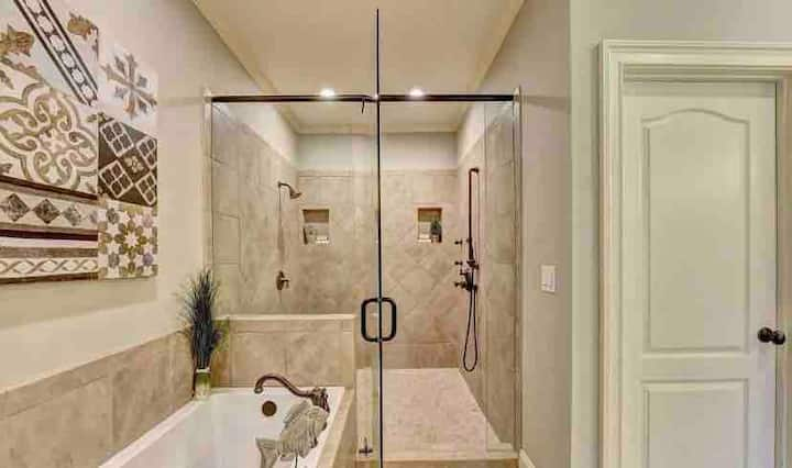 Master shower is wonderful! Water coming from several shower heads.