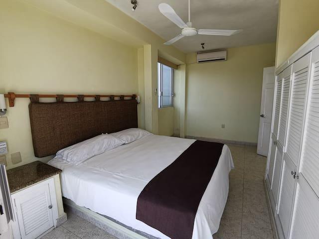 Habitación 4  (Principal)