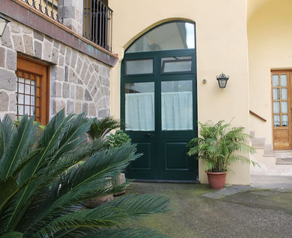 Apartment in Sorrento Coast - Vico Equense