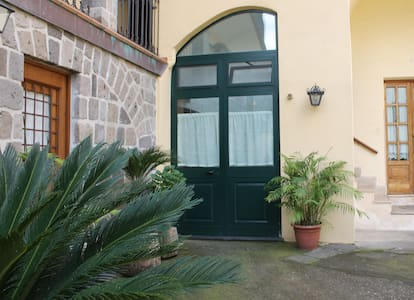 Apartment in Sorrento Coast - 維克艾庫塞(Vico Equense)