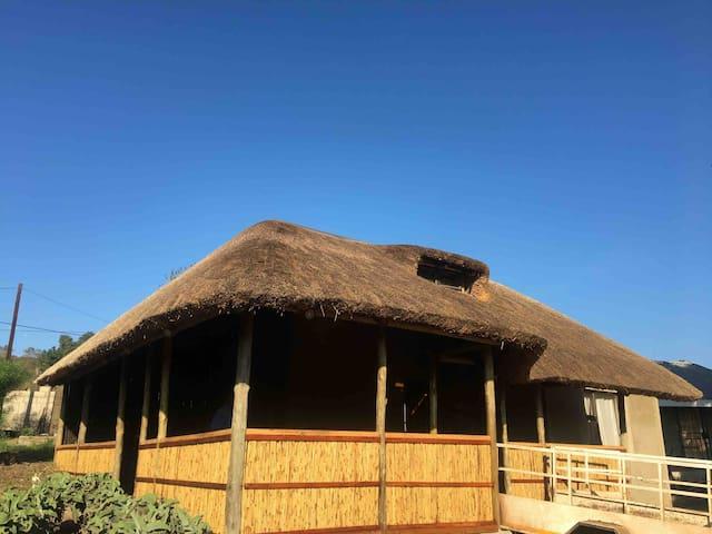 SIYAYA's GUEST PALACE