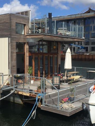 Houseboat in Copenhagen, close to centre - Copenhague - Bateau
