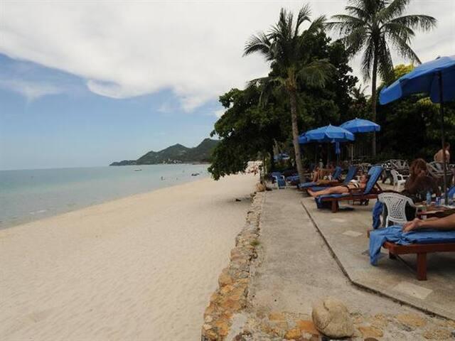 Chaweng Resort - Superior Bungalow02
