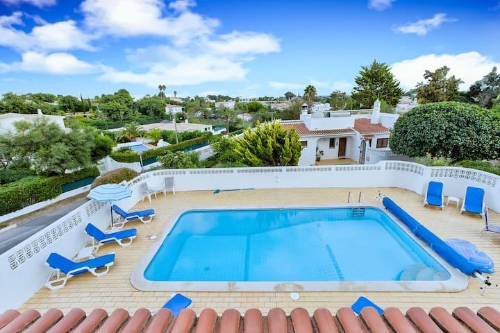 Spacius family villa with private pool!
