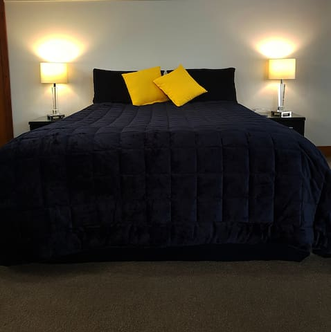 Queen Bed and a comfortable Single Bed can be added.