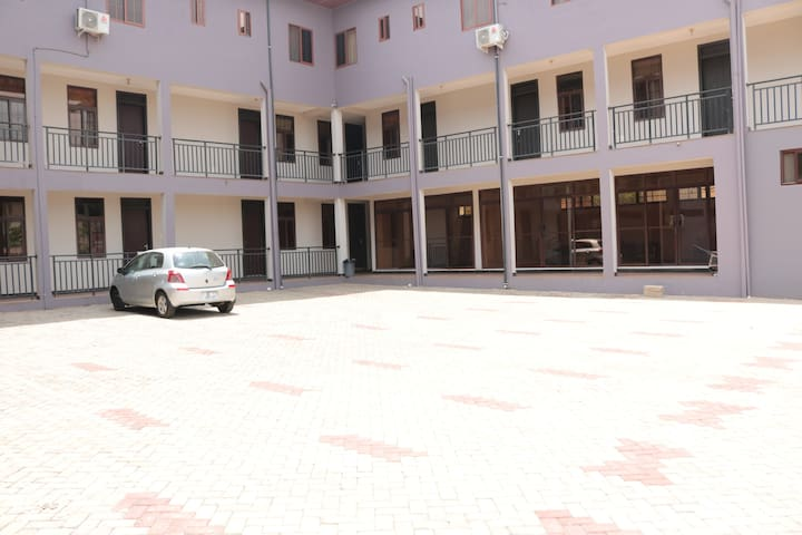 Benzee Residency (Hostel) - East Legon (Trasacco)
