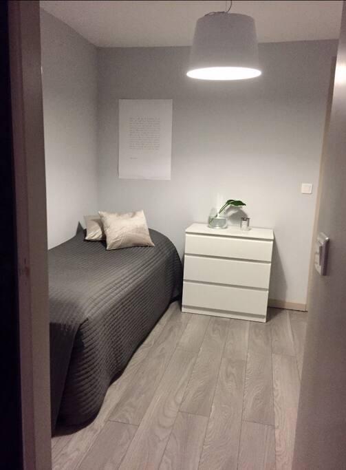 Single bed option