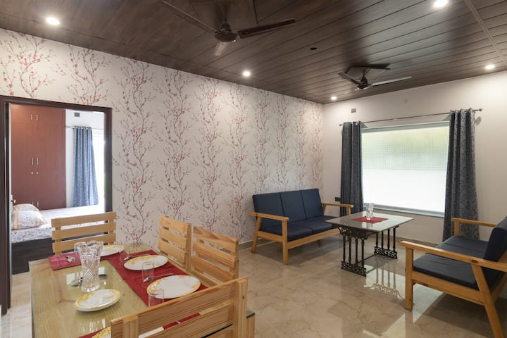 THC Homestay   ( 1.4 Kms from Max Hospital )