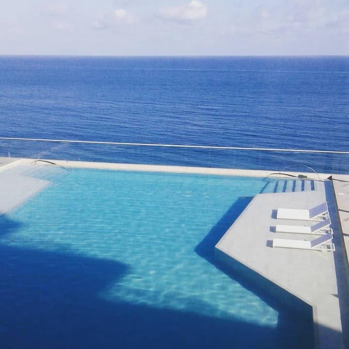 #suite #morroscity #piscina #jacuzzi #wifi #plus