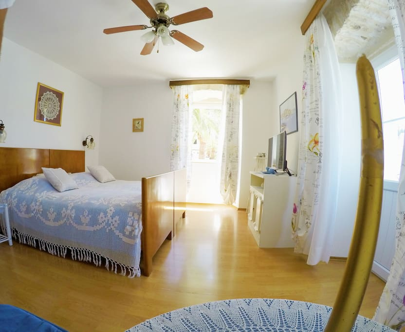 Private room with double bed