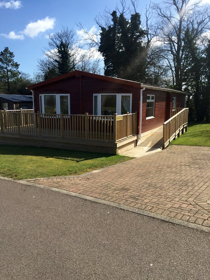 3 bedroom Luxury lodge available!