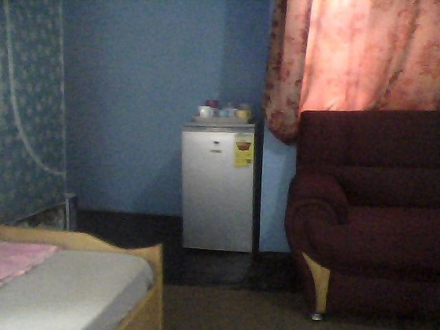 SINGLE ROOM, FEW KILOMETRES AWAY FROM KUMASI