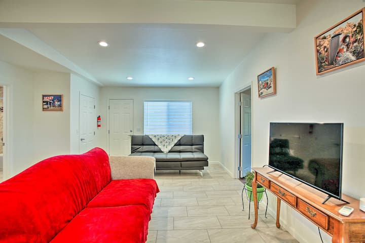 NEW! Cozy Morongo Valley Home 17Mi to Palm Springs