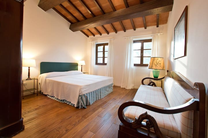 2 bedroom farmhouse in Scansano - Montorgiali - Wohnung