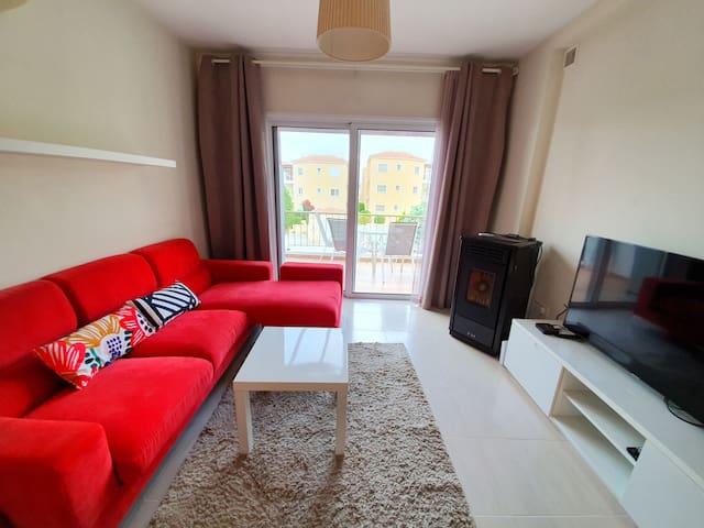 2 Bedroom & 2 Bathroom Flat | Queen Bed | Netflix