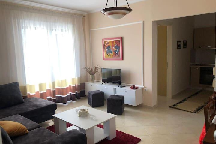 AIOALBANIA - Appartamento per 2 persone Tirana Centro