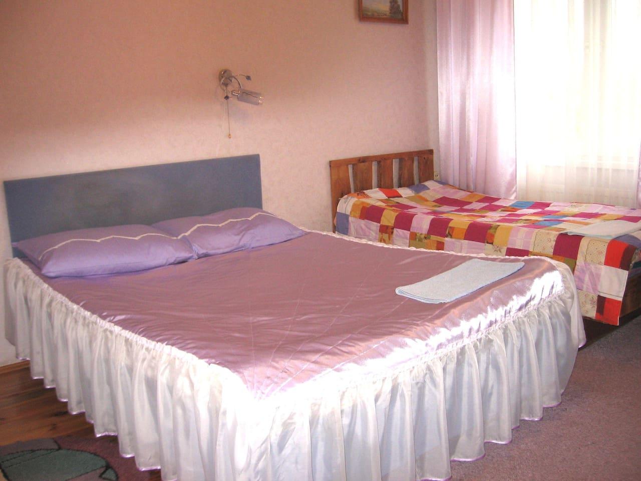 Лиловая комната