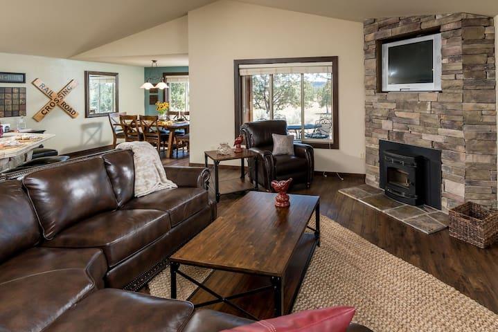 Private Ranch Retreat Home