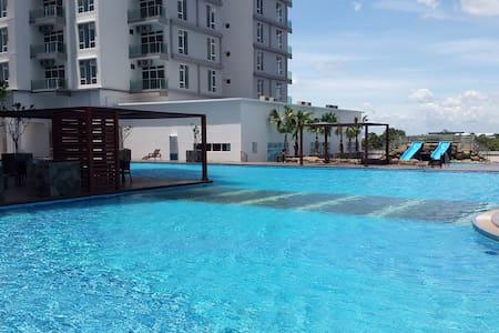 JB Cozy HomeStay 1-8 pax @15m to Sg Legoland Danga - Johor Bahru - Huoneisto