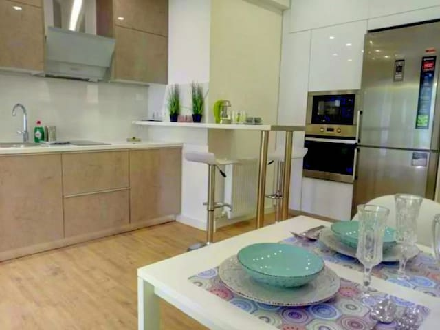 Luxury apartment in the best area near the beach.