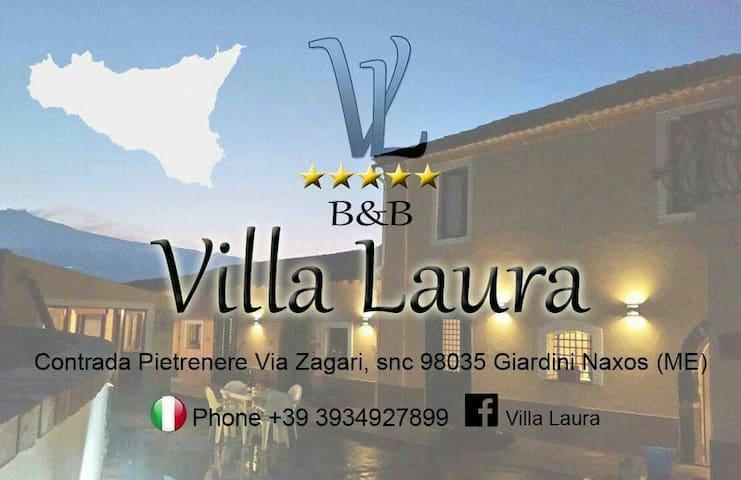 Villa Laura - giardini naxos - House