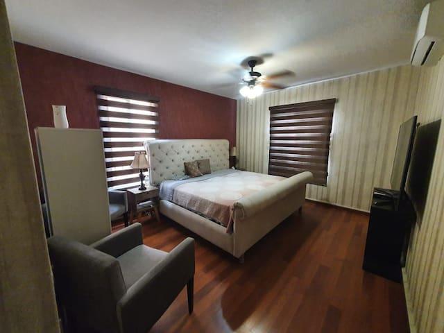 Casa Completa en Zona Residencial de Apodaca