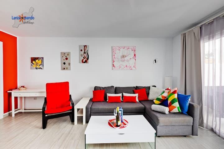 Mia apartment in complex w/pool in Costa Teguise