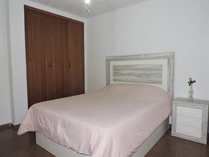 Cómoda habitación con la mejor ubicación en Gandía