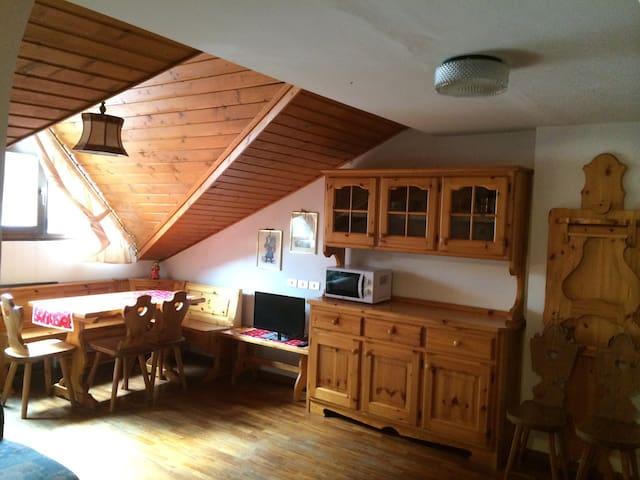 Tipica mansarda vicina ad impianti - Corvara In Badia - Apartment